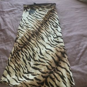 Tiger print long skirt